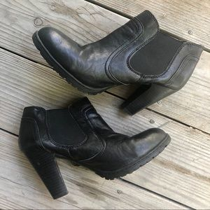 Born • BOC • Leather Ankle Boots with Heel • 8.5